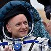 Beveik metus kosmose praleidusiam Scottui Kelly apsiprasti Žemėje sekasi sunkiai