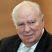 Mirė vienas iškiliausių Lietuvos diplomatų Antanas Vytautas Dambrava