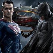 """Filmas """"Betmanas prieš Supermeną: teisingumo aušra"""""""