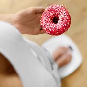 5 sveiki maisto produktai, kurie turi daugiau riebalų nei spurga
