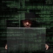 Suomijos paauglys pripažintas kaltu dėl daugiau nei 50 tūkst. kibernetinių nusikaltimų