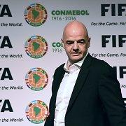 Šveicarijos teisėsauga krėtė FIFA būstinę