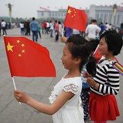 Kinijos užsienio valiutos atsargos sausį buvo mažiausios nuo 2012 metų