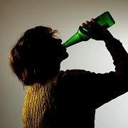 Alkoholio upės Lietuvoje: kepenų ciroze serga ir 12 metų vaikai