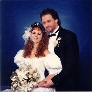 Lyg jaunavedžiai prieš 20 metų: ar atpažįstate aktorių porą?