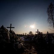 """Už Rusijos ambasados pinigus """"karių kapais"""" bandoma paversti net lietuviškus senkapius"""