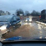 Statomu Vilniaus vakariniu aplinkkeliu automobiliams teko plaukti