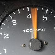 Vietoj leistinų 70 km/val., vyras su SAAB važiavo kone 3 kartus greičiau – 191 km/val.
