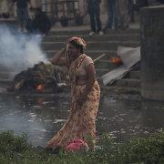 Po žemės drebėjimo nuolaužomis žuvo ir Nepalo ūkio atsigavimo viltis