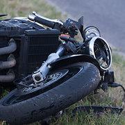 Iš avariją Vilniuje limuzinu BMW sukėlusio turko jo sužalotas baikeris reikalauja 100 000 eurų kompensacijos