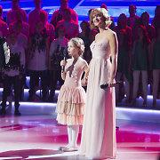 Kristina Zmailaitė TV eteryje uždainavo kartu su dukra Barbora