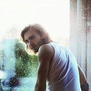 """Donato Blankos debiutas – iš """"Chorų karų"""" į solo atlikėjus: įvertinkite dainą ir klipą"""