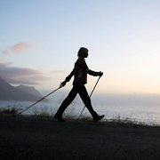 Ką verta žinoti apie sveikatai itin naudingą šiaurietišką ėjimą?