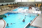 Kauno plaukimo centre laikinai stabdomas vakarinių abonementų pardavimas