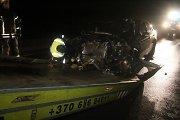 Tamsiame kelyje automobiliu apsisukti bandęs panevėžietis sulaukė smūgio į galą