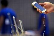 """Į Lietuvą išmanusis telefonas """"iPhone 5S"""" atkeliaus spalio 25-ąją"""