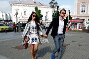 Marijonas Mikutavičius su Ieva Daugirdaite šeštadienio popietę skubėjo į bičiulių vestuves