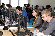 Kaune gabiausi šalies moksleiviai rungiasi informatikos olimpiadoje