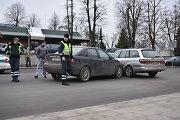 Vilniuje prie stoties du vaikinai pateko į apmaudžią avariją