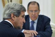 Rusija kritikuoja JAV planus pasiųsti aviaciją į pagalbą Sirijos sukilėliams