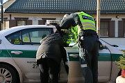 """Vilniuje """"Toyota"""" vairuotoja kliudė per perėją ėjusią moterį: kalta pati pėsčioji?"""