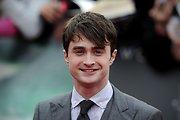 Danielis Radcliffe'as prisipažino nemokėjęs elgtis per pasimatymus