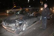 Girtos BMW vairuotojo Kalėdos Panevėžyje – sukelta avarija ir 2,44 promilės neblaivumas