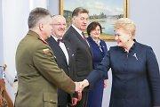 """Lietuva pradeda istorines derybas dėl pėstininkų kovos mašinų """"Boxer"""" pirkimo"""
