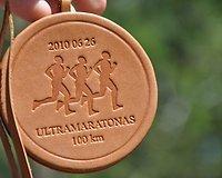 Medalis - iš odos