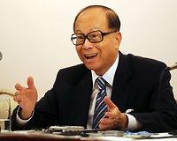Li Ka-shingas (31 mlrd. JAV dolerių)