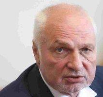 Valentinas Mazuronis: Šalin rankas nuo referendumų