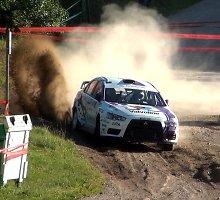WRC ralis: vaizdo siužetas iš pirmojo greičio ruožo
