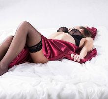 Sekso nakties iššūkis: dėl didesnių krūtų pornožvaigždė žada pasimylėti su 25 vyrais