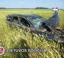 """Po kraupios """"Audi"""" avarijos Kupiškio rajone – mįslės nelaimės tyrėjams"""