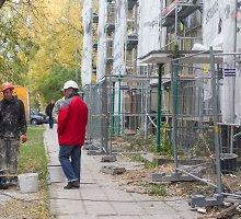 Daugiabučių renovacija: grandioziniai planai ir anarchija Žirmūnuose