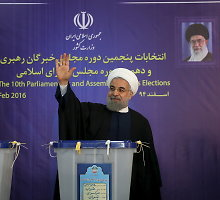 Irano parlamento rinkimų antrąjį ratą laimėjo prezidento Hassano Rouhani sąjungininkai