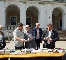 Su valstiečiais ir žaliaisiais į Seimą einantis Valerijus Simulikas palieka V.Putino rėmėjus