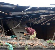 Nepale žemės drebėjimo žuvusiųjų skaičius padidėjo iki daugiau kaip 3 300