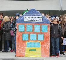 Vilniaus mokyklų pertvarka: ar kraustynėms neprireiks antstolių?