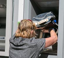 Palangos centre įrengti bankomatai varo poilsiautojus iš proto