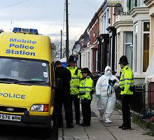 Anglijoje sulaikyti 5 vyrai, įtariami planavę teroro aktą