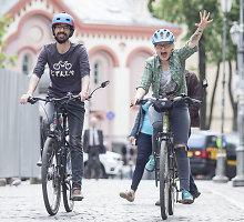 Lenkės Martos ir prancūzo Jeano-Nicolas avantiūra: dviračiais į Prancūziją per Islandiją ir Vilnių