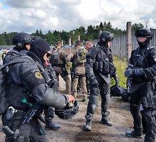 """""""Aro"""" pareigūnai plataus masto ATLAS pratybose Estijoje mokėsi medžioti teroristus"""
