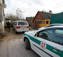 Vilniaus rajone girtas smarkuolis nelegaliai laikomu ginklu bandė nušauti kaimynų šunį