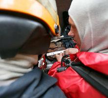 Kauno centre statybininkai atkasė statinę su chemine medžiaga