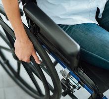 Darbuotojų trūkumą prekybos centrai išspręs pasitelkę neįgaliuosius?