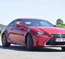 """Raudona vyšnia ant torto: daugiau nei pusšimtį tūkstančių eurų kainuojantis """"Lexus RC"""""""