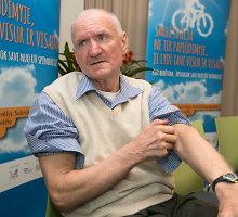 Vyras įsitikino – su saule nevalia juokauti: padėjo gydyti žvynelinę, bet sukėlė odos vėžį