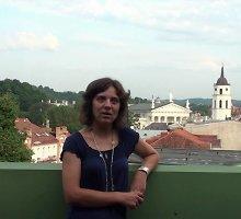 Vilniaus visuomenės sveikatos biuro direktorę toliau skandina vyro įmonės