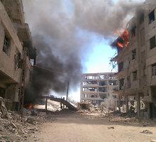 Sirijoje susitarta dėl sukilėlių ir civilių pasitraukimo iš apsiausto Darajos miesto